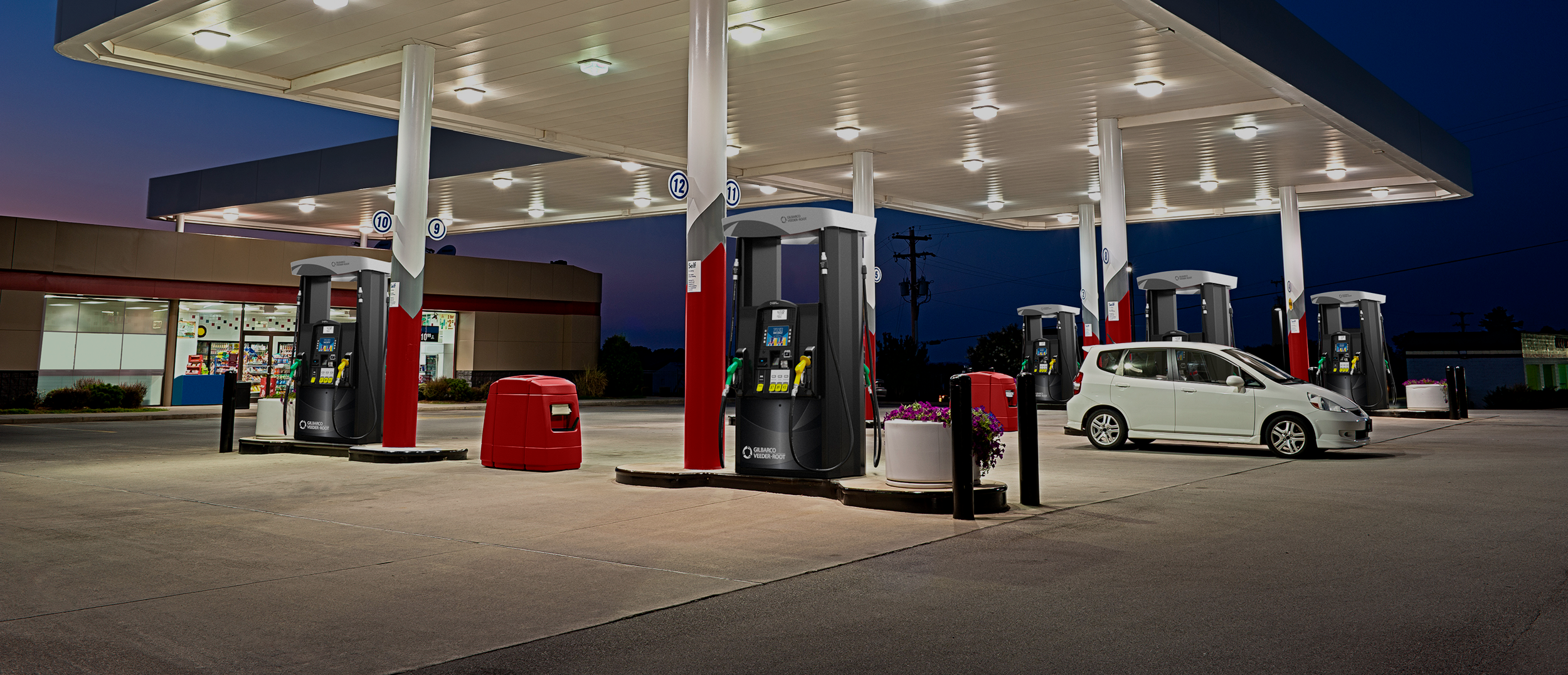 Unbranded-gas-station-with-Encore-700-dispensers